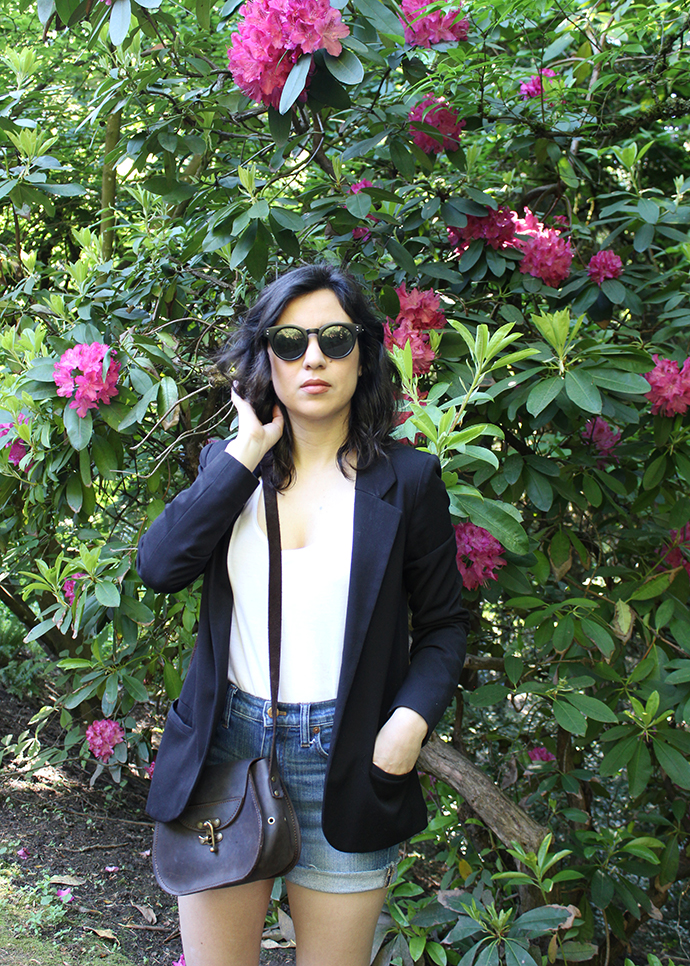 Black Blazer and Everlane Cotton Tank_Rhododendron_Portland Style