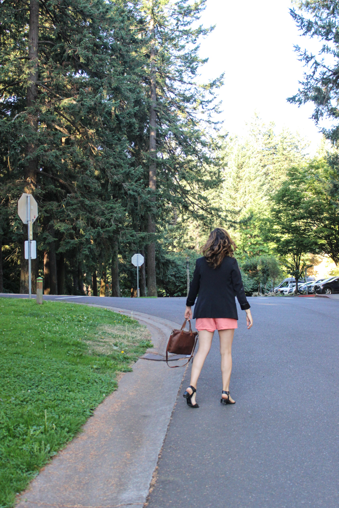 Easy Summer Style: Long Blazer Jacket and Linen Shorts